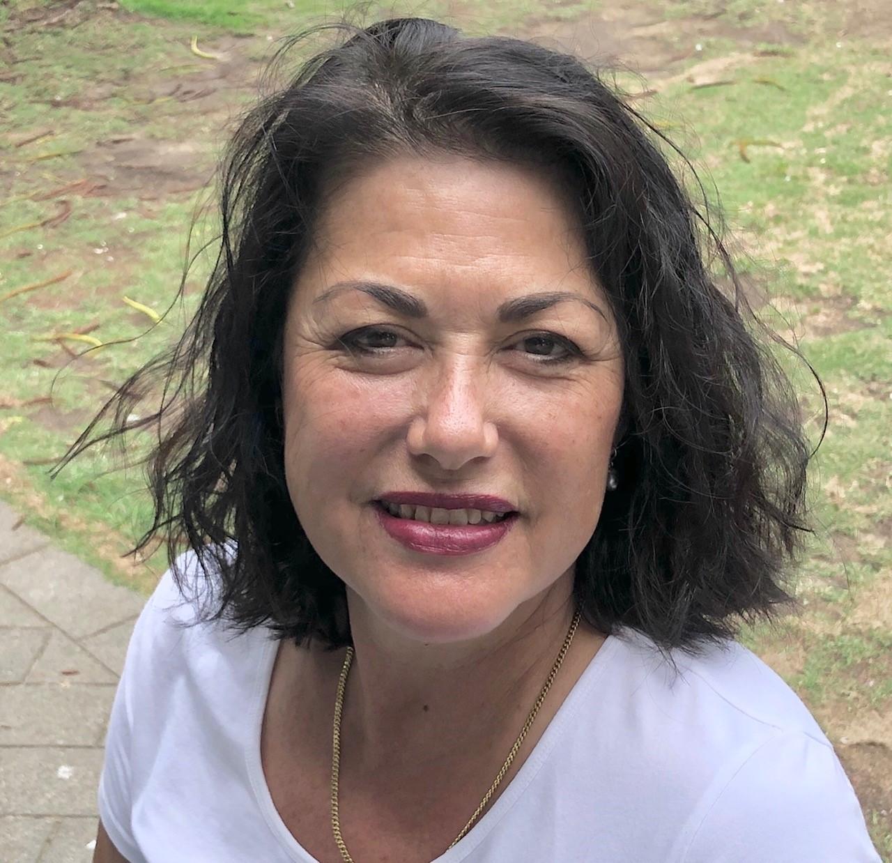 Simone King